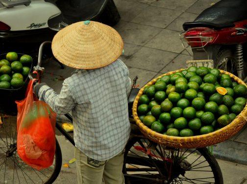market-woman-1072242_1280