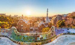 2 celé dni v BARCELONE: letenka z Viedne + hotel v centre na 1 noc za parádnych 56€ na osobu