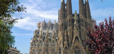 BARCELONA na 2 celé dni za parádnych 66€ na osobu (letenka z Viedne + hotel v centre na 1 noc)