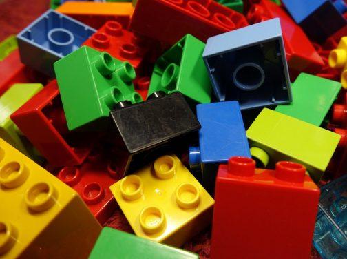 lego-blocks-2458575_1920